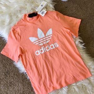 New Adidas Boxy mock neck coral Tshirt sz Small